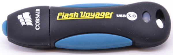 Corsair Flash Voyager USB 30 16GB Front